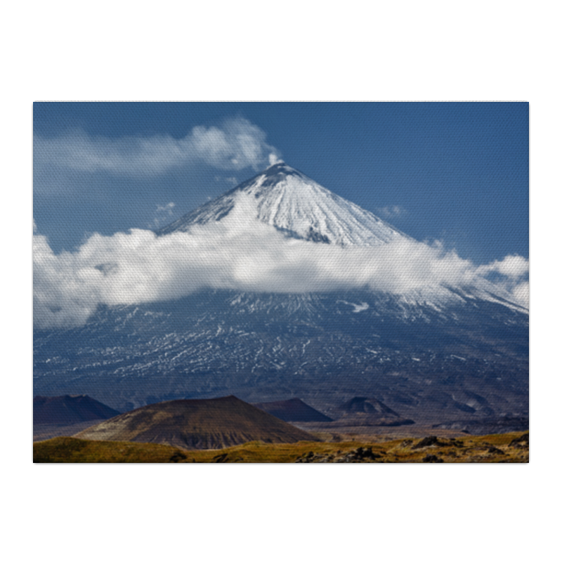 Холст 40x55 Printio Камчатка, осенний пейзаж, извержение вулкана