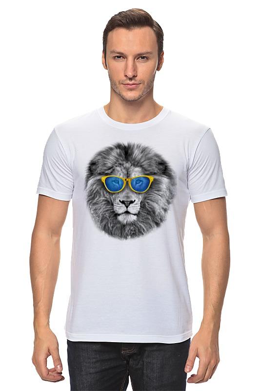 Футболка классическая Printio Стильный лев в золотых очках