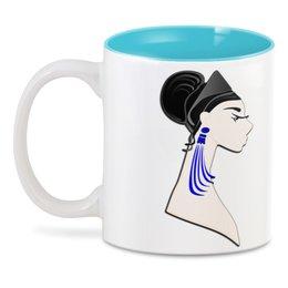 """3D кружка """"Девушка в синих сережках"""" - очки, брюнетка, перья, красивая женщина, синие длинные серьги"""