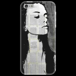"""Чехол для iPhone 5 """"Девушка"""" - арт, девушка, рисунок, черно-белое, книги"""