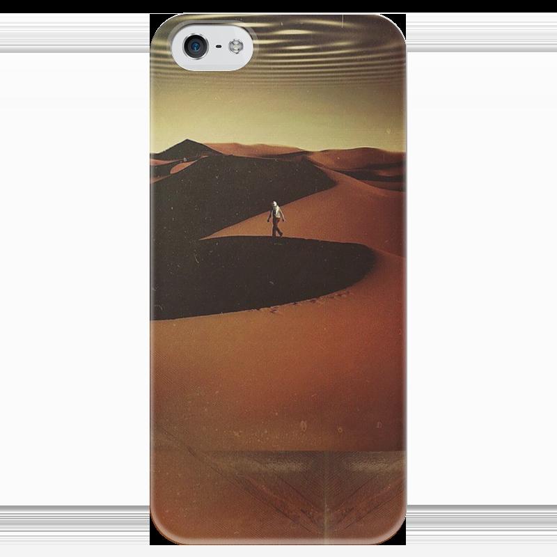 Чехол для iPhone 5 глянцевый, с полной запечаткой Printio Traveler in the desert