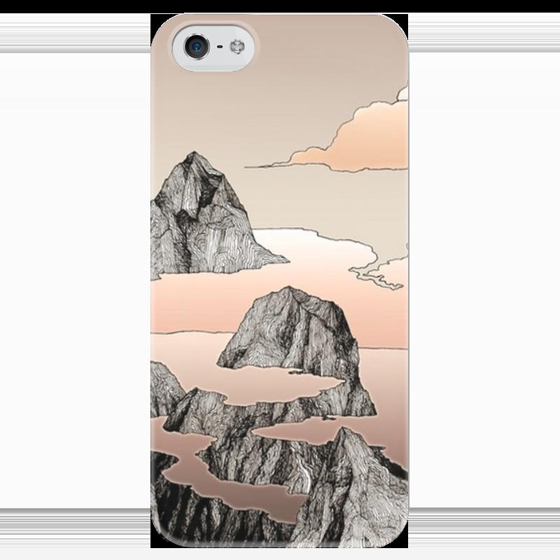 Чехол для iPhone 5 глянцевый, с полной запечаткой Printio Горы в облаках чехол для iphone 5 глянцевый с полной запечаткой printio заяц в узорах