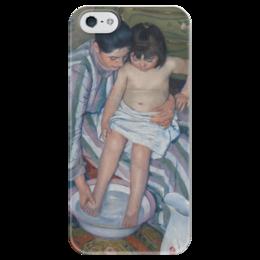 """Чехол для iPhone 5 глянцевый, с полной запечаткой """"Купание ребёнка"""" - картина, кассат"""