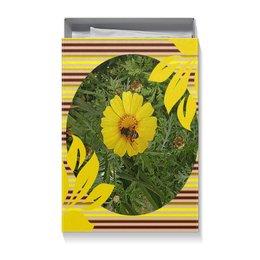 """Коробка для футболок """"Медовое солнце."""" - лето, цветок, насекомое, медонос, яркий день"""