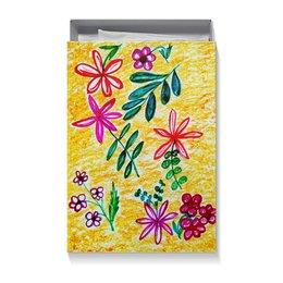 """Коробка для футболок """"Цветы на желтом"""" - цветы, листья, счастье, красные цветы"""