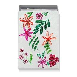 """Коробка для футболок """"Цветы на белом"""" - цветы, счастье, цвести, красные цветы"""