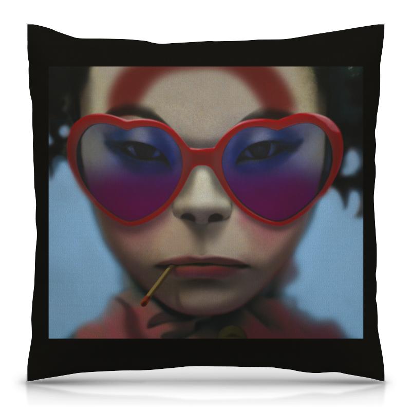 цена Подушка 40х40 с полной запечаткой Printio Девушка в очках онлайн в 2017 году
