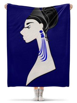 """Плед флисовый 130х170 см """"Девушка в синих сережках"""" - очки, брюнетка, перья, красивая женщина, синие длинные серьги"""