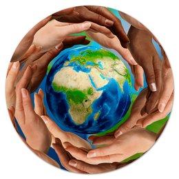 """Коврик для мышки (круглый) """"Земля"""" - руки, земля, планета, материк, шар"""