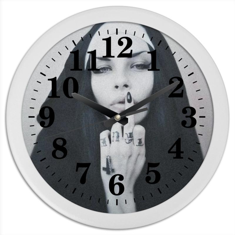 Часы круглые из пластика Printio Nun - 1 часы круглые из пластика printio nun 1