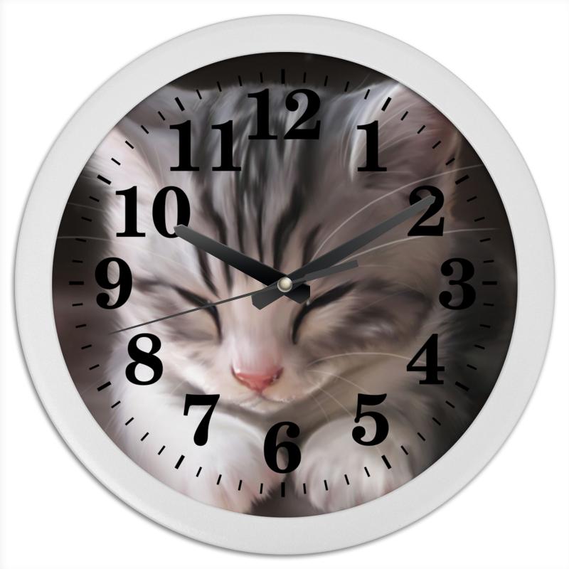 Часы круглые из пластика Printio Спящий котенок серенький козлик