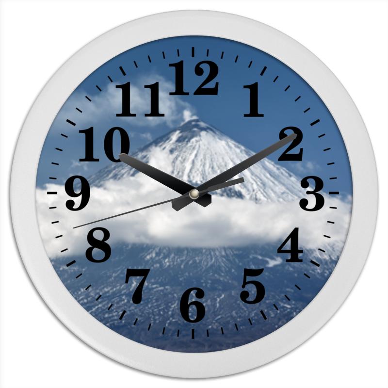 Часы круглые из пластика Printio Камчатка, осенний пейзаж, извержение вулкана цена