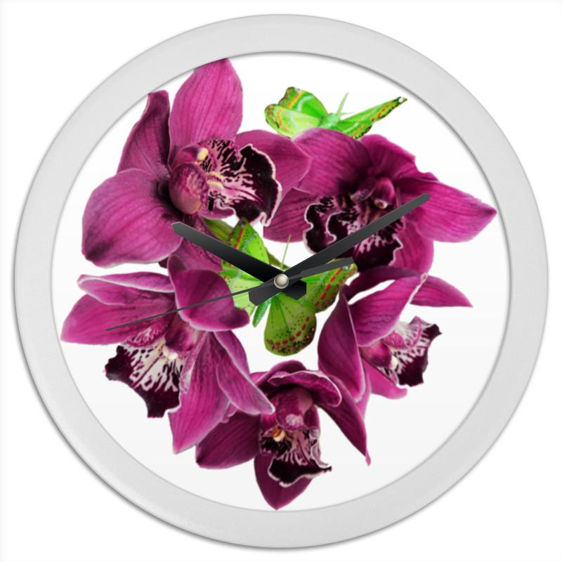 купить Часы круглые из пластика Printio Орхидеи и бабочки по цене 850 рублей