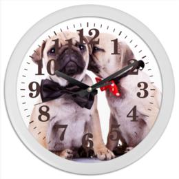"""Часы круглые из пластика """"Pugs """" - pug, щенки, мопс, pugs"""