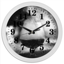 """Часы круглые из пластика """"Бокал дыма"""" - фото, искусство, чернобелое, дым, кальян"""