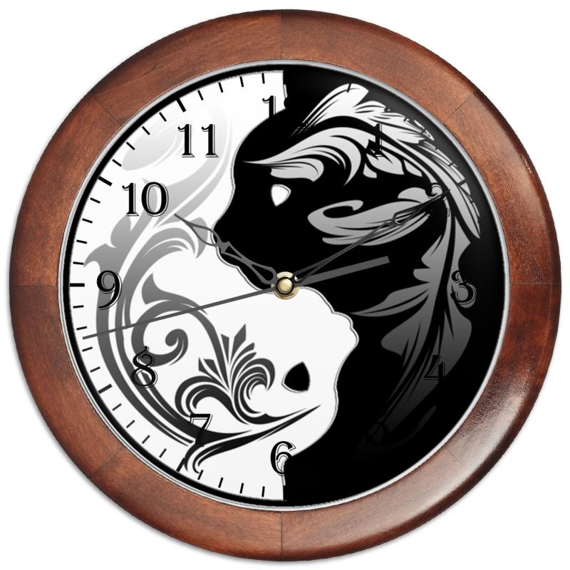 Часы круглые из дерева Printio Котыфеи часы круглые из дерева printio домик в деревне