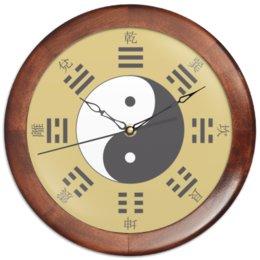 """Часы круглые из дерева """"«Тайцзи» на золотом фоне"""" - китай, дао, инь-ян, триграммы, монада"""