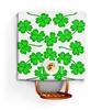 """Скатерть квадратная """"День святого Патрика - волшебный четырехлистник"""" - зеленый, паттерн, лист клевера, день святого патрика, четырехлистник"""