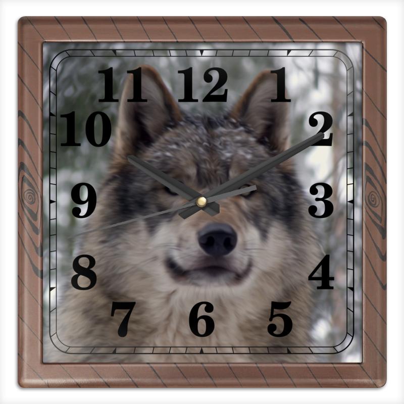 Часы квадратные из пластика (под дерево) Printio Волк в лесу чехол для ноутбука 14 printio волк в лесу