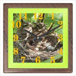 """Часы квадратные из пластика (под дерево) """"Семья."""" - семья, птицы, гнездо, яйца, птенцы"""