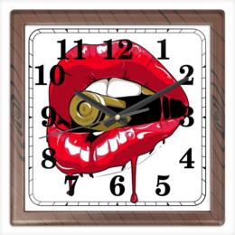 """Часы квадратные из пластика (под дерево) """"Пуля во рту"""" - губы, рот, зубы, пуля, bullet"""