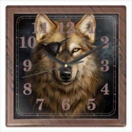 """Часы квадратные из пластика (под дерево) """"ВОЛКИ ФЭНТЕЗИ"""" - портрет, повязка, одноглазый волк, красота, стиль"""